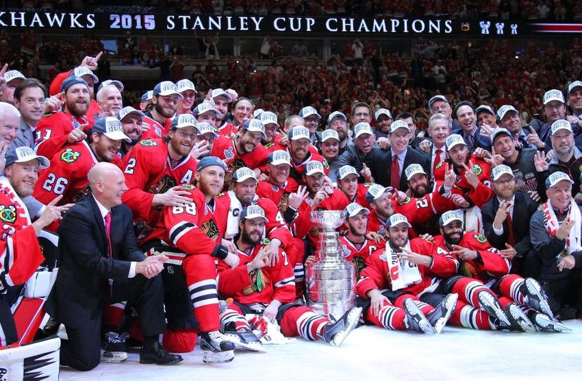 Chicago Blackhawks get Stanley Cup Champion Coke cans 850x556