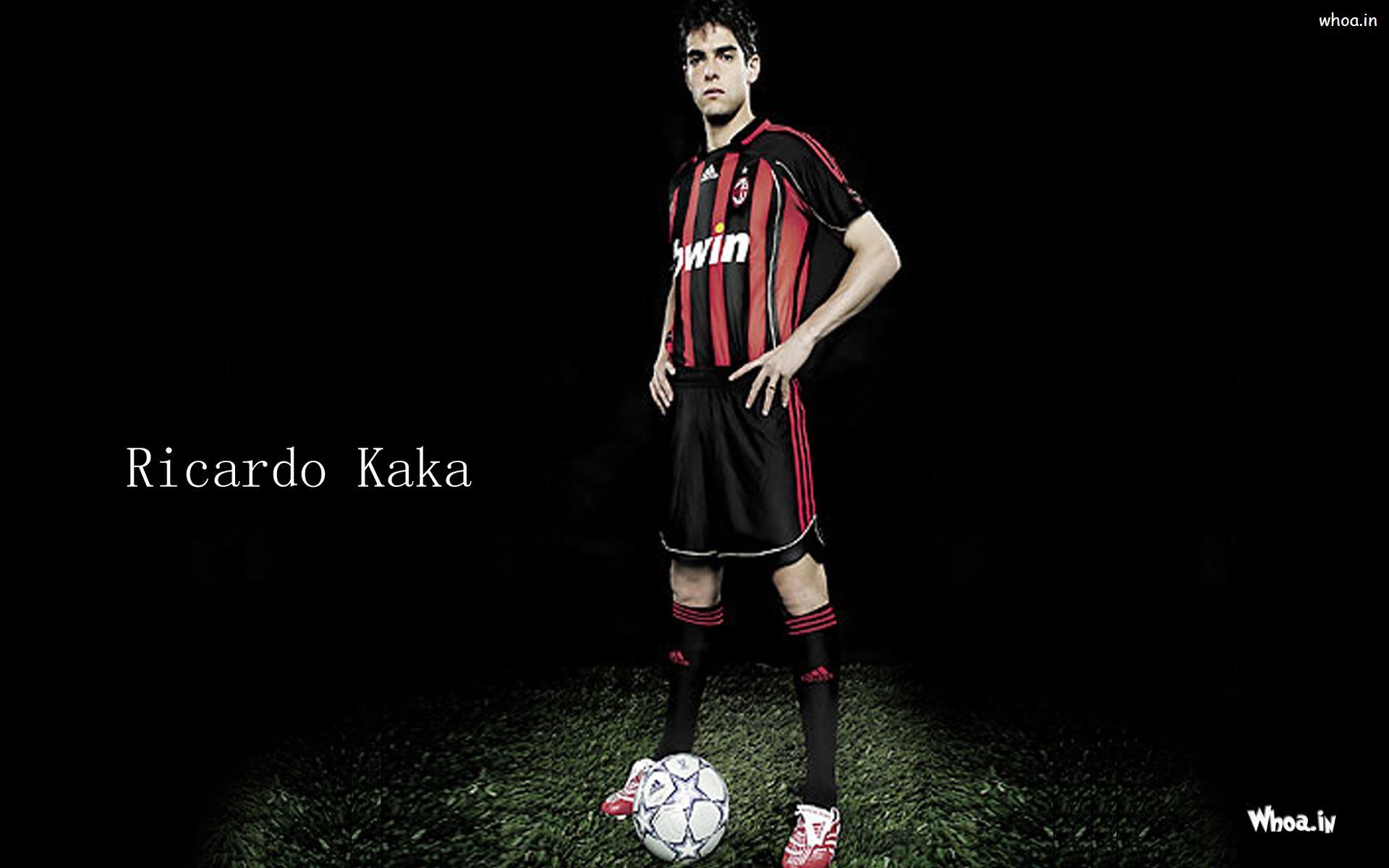 Ronaldo Kaka Football Ground Black Background 1920x1200