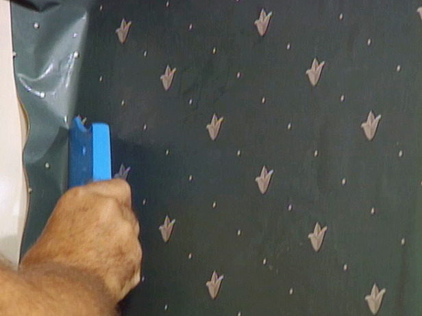 How to Wallpaper a Room how tos DIY 616x462