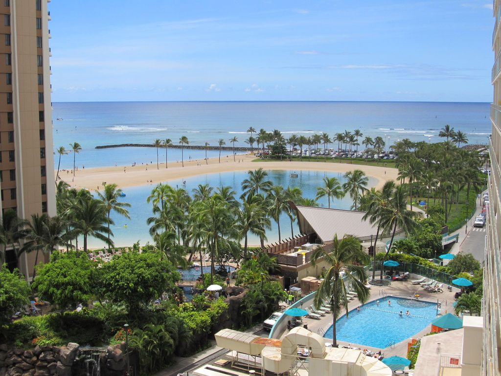 Family friendly unit with fabulous OceanLagoon view   Waikiki 1024x768