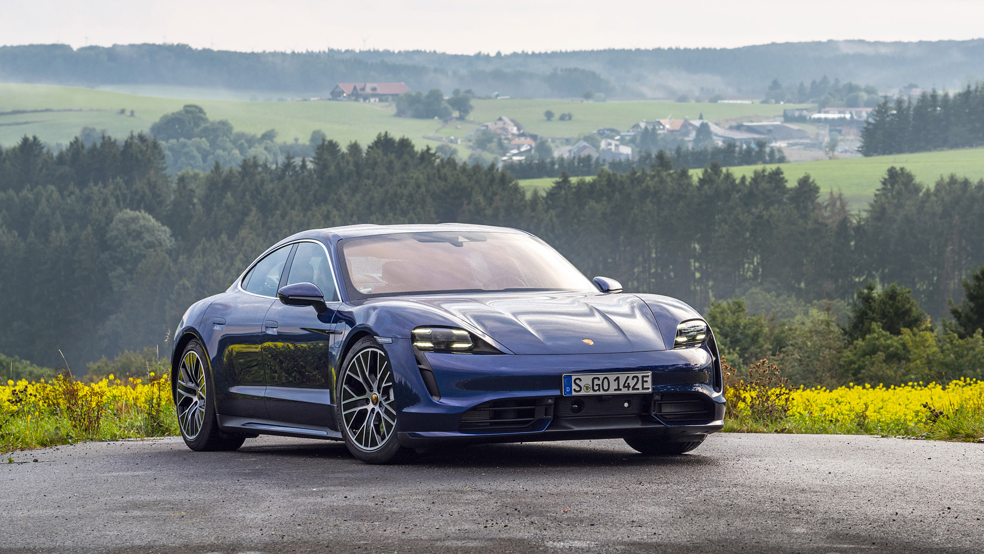 Download 2020 Porsche Taycan Wallpapers   WSupercars 1920x1080