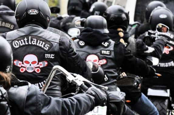 Outlaw Motorcycle Club Logo 573x380