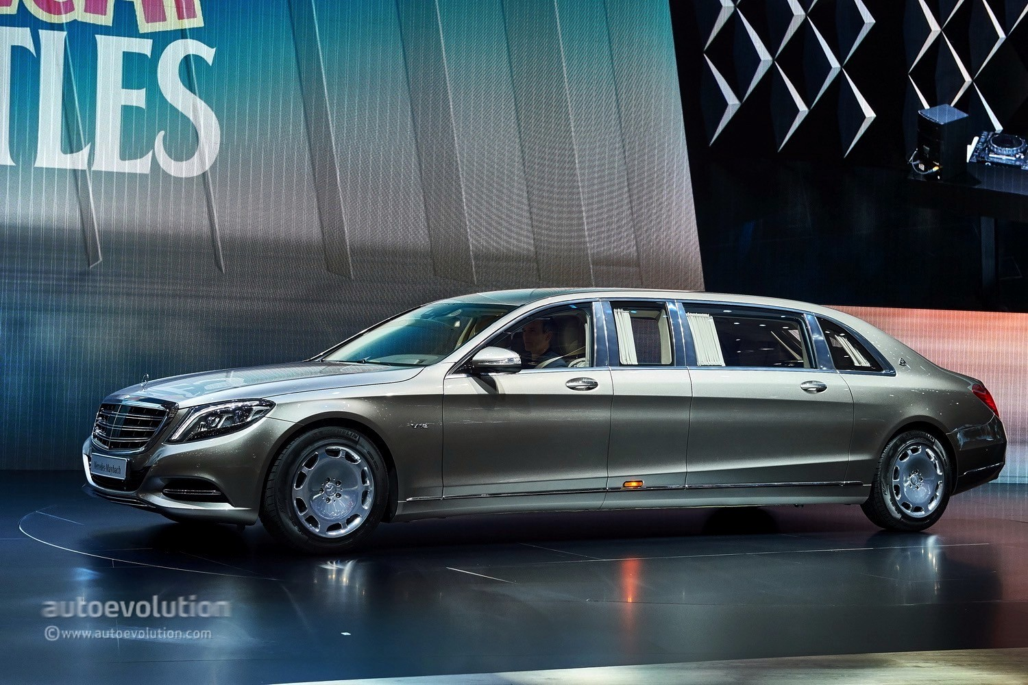 Mercedes Maybach S600 Wallpapers HD Download 1500x1000
