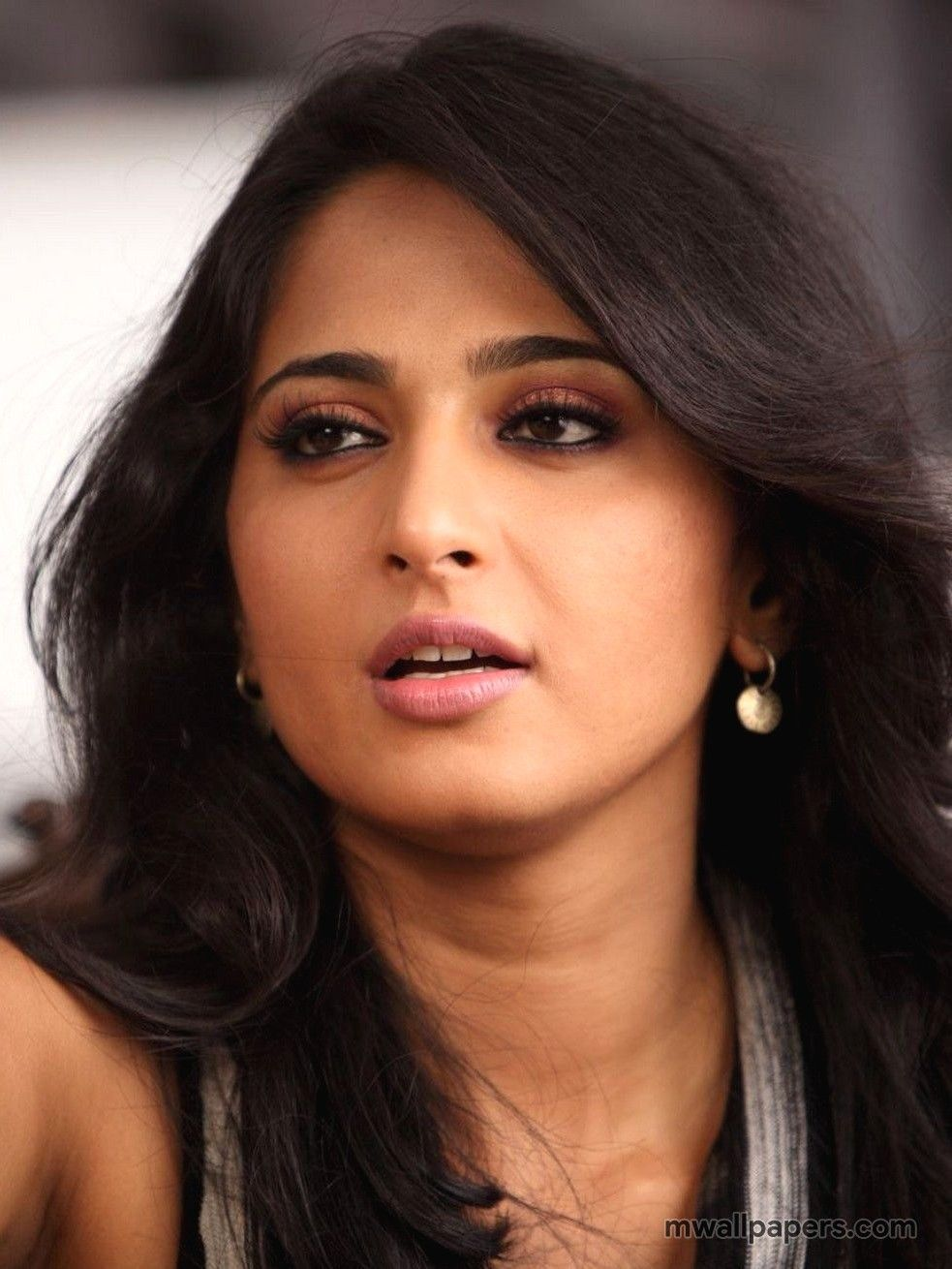 Anushka Shetty HD Images   2857 anushkashetty actress 983x1310