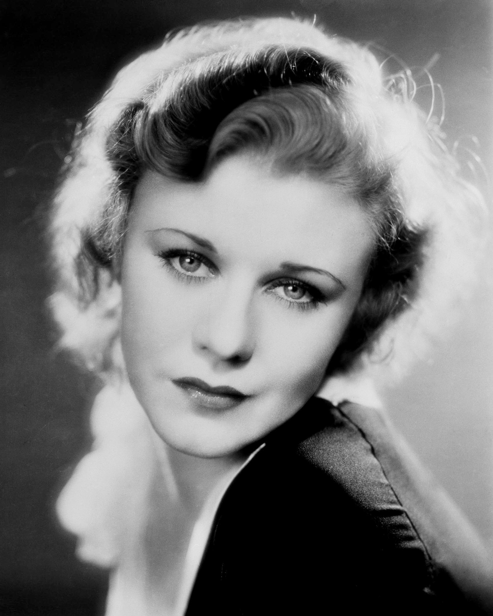 Classic Actress   Classic Movies Photo 6851347 1682x2100