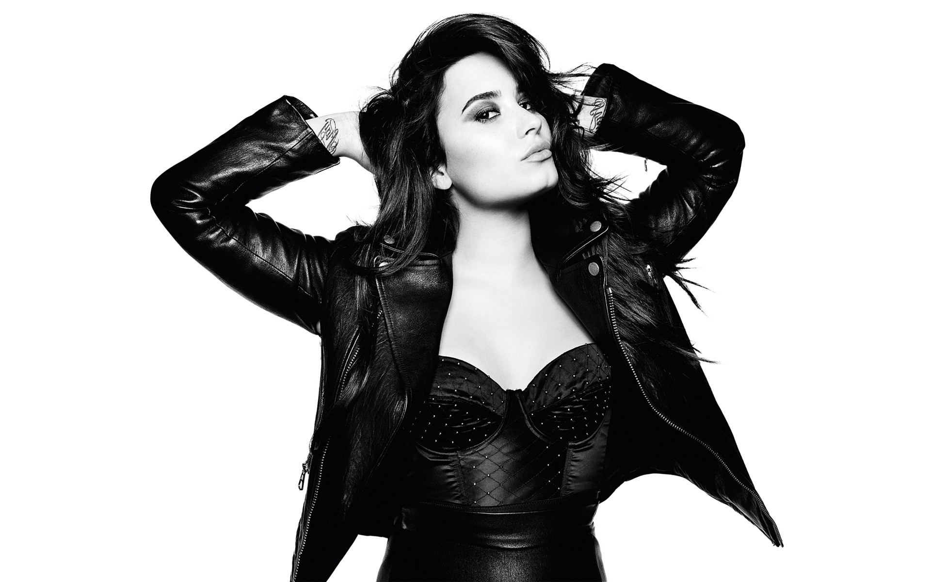 Demi Lovato Desktop Background   Wallpaper High Definition High 1920x1200