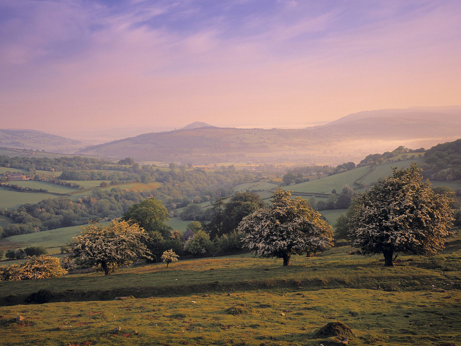 picture Brecon Beacons Wales photo Brecon Beacons Wales wallpaper 1600x1200