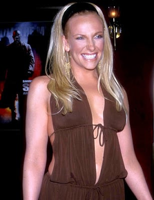Photo Gallery Actress Toni Collette photo pic 307x400
