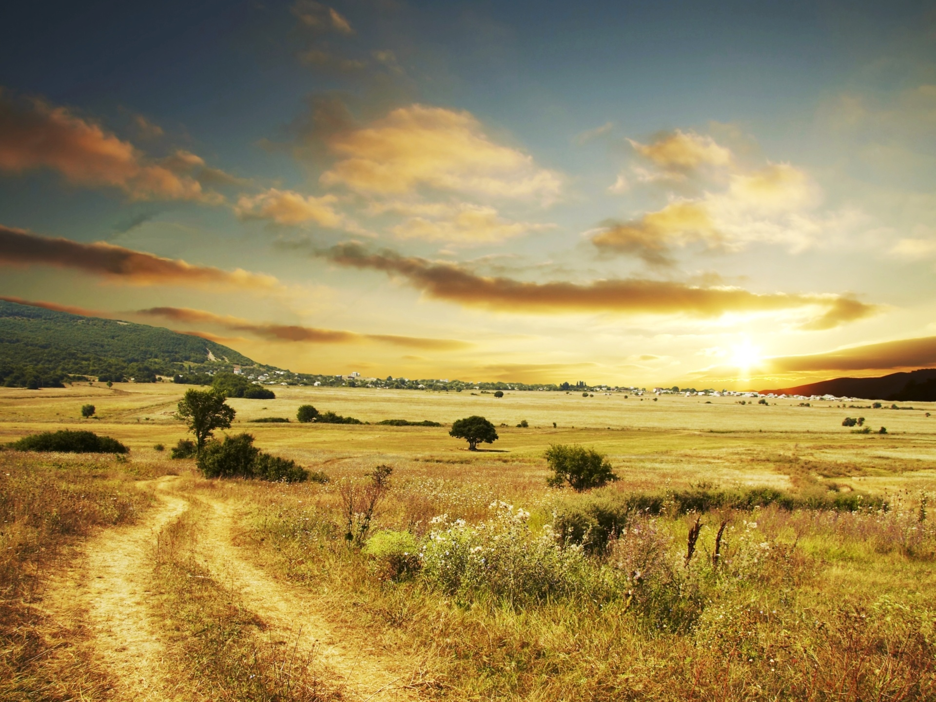 1920x1440 Beautiful country road desktop PC and Mac wallpaper 1920x1440