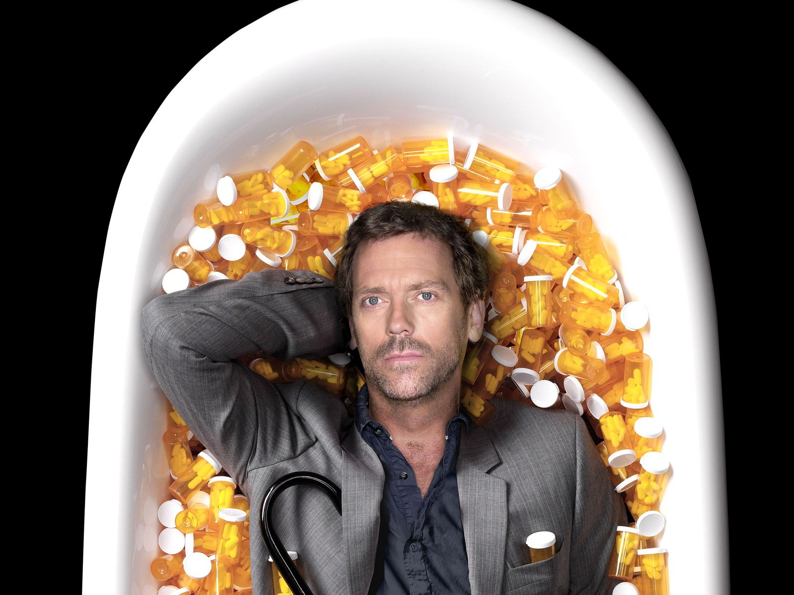Download Wallpaper actor hugh laurie dr house md bath bathtub 1600x1200