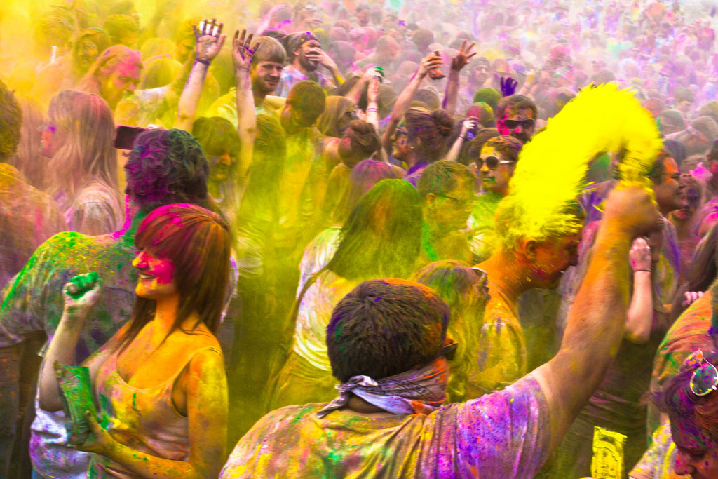 Download Holi Festival India 2013   Happy Holi Wallpapers 1024x683