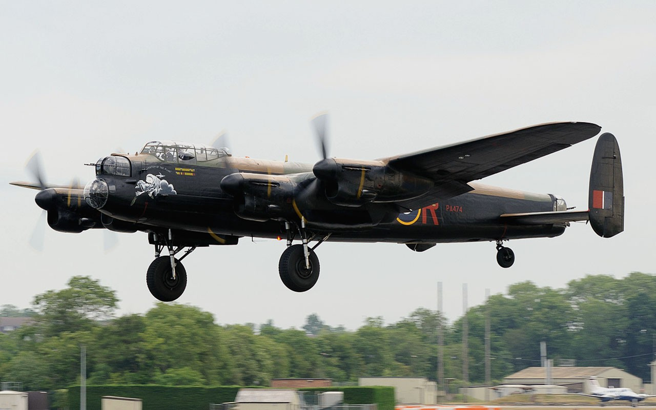 vintage airplanes bomber britain lancaster dam buster HD Wallpaper 1280x800