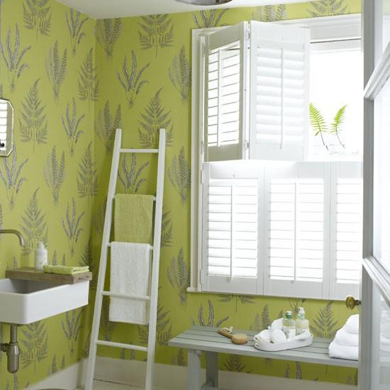 Bright beautiful wallpaper Small bathrooms ideas housetohomeco 550x550