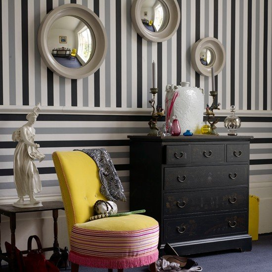 Play with convention Bedroom wallpaper ideas housetohomecouk 550x550