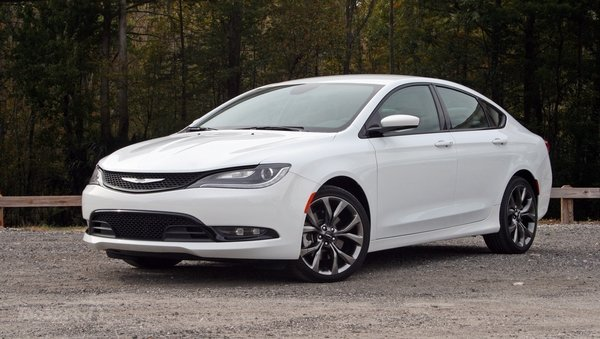 Chrysler 200 S Driven Car Wallpapers 600x339