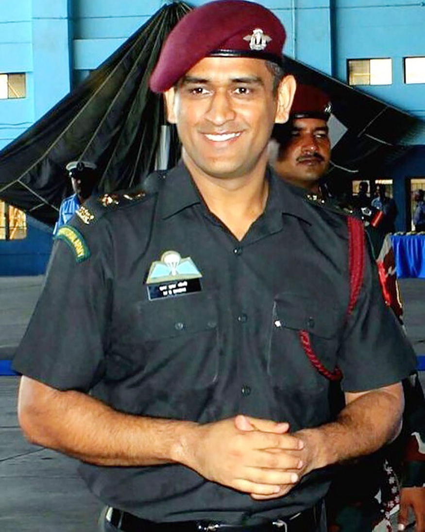 MS Dhoni and His Love Respect for the Indian Armed Forces 875x1095