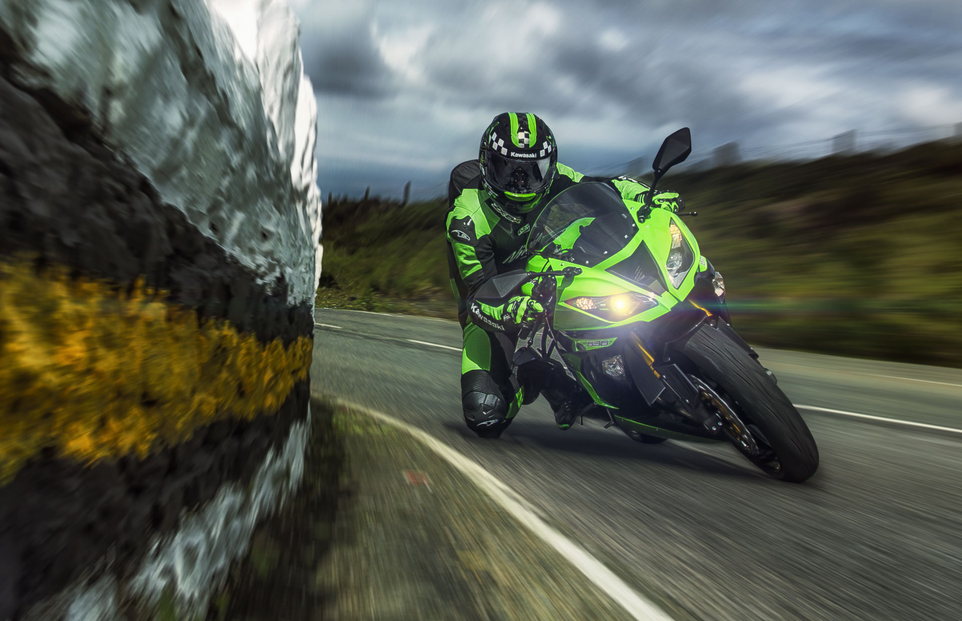 download kawasaki ninja zx6r 636 wallpaper [1920x1240] for 1920x1240