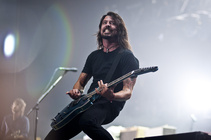 Dave Grohl Foo Fighters Wallpaper 900x598