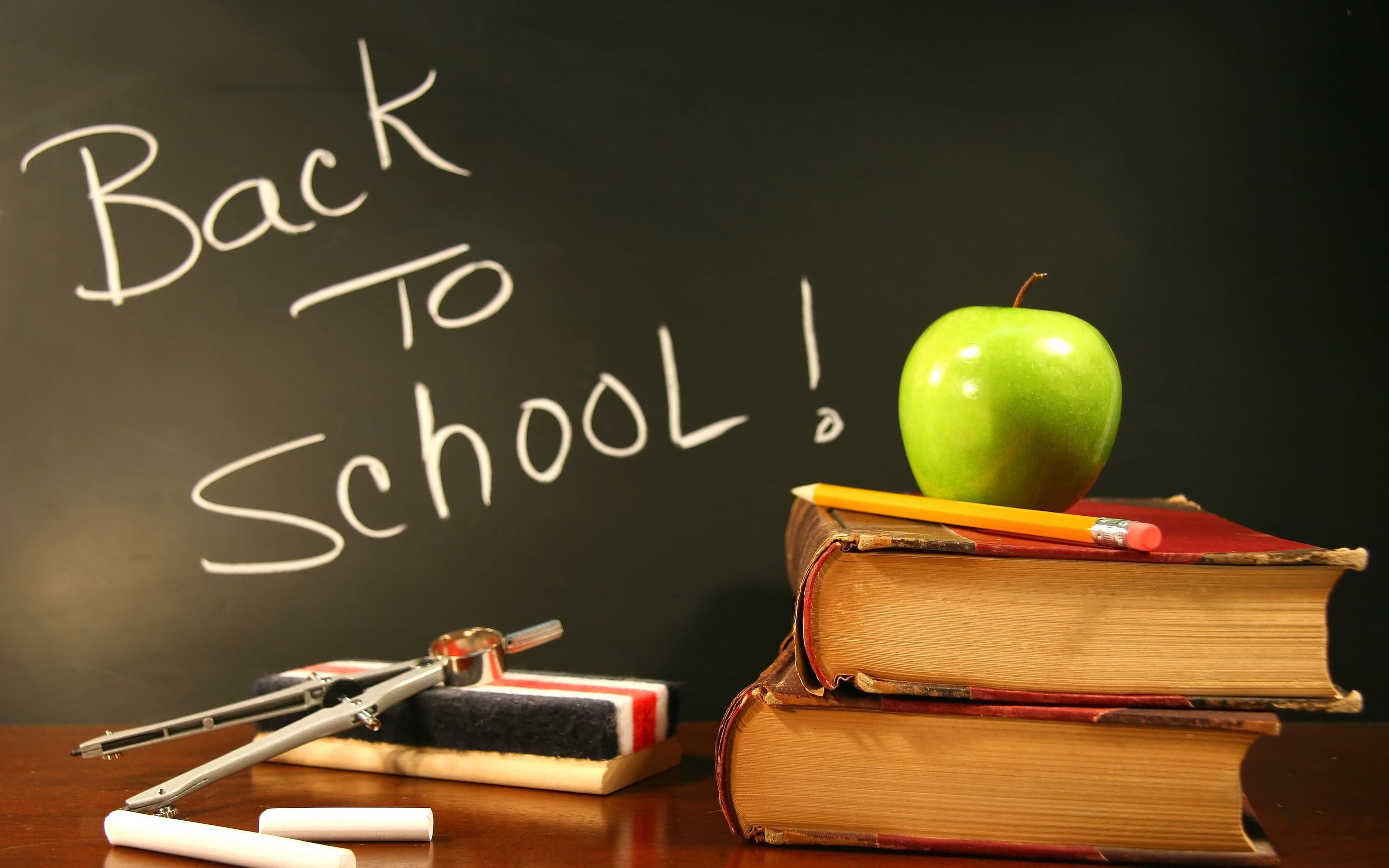 Back to school for a new year   HD wallpaper 5120x3200
