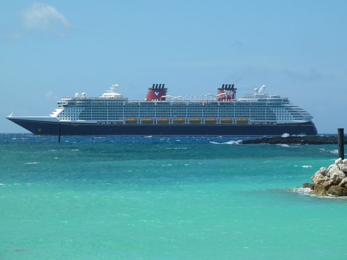 Disney Cruise Line introduced the first of its twin Dream Class ships 680x510