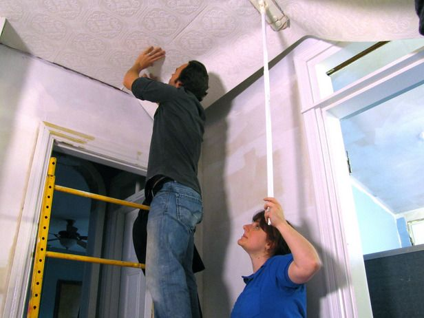 How to hang wallpaper on your ceiling 616x462