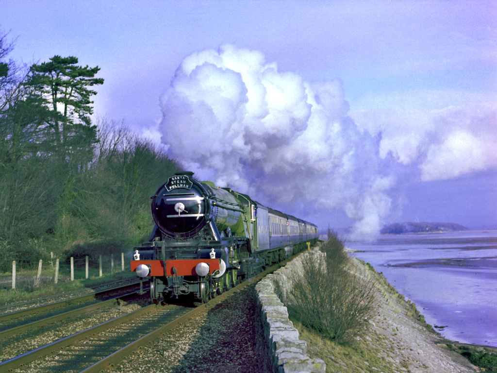 File4472 FLYING SCOTSMAN approaches Kents Bank stationjpg 1024x768