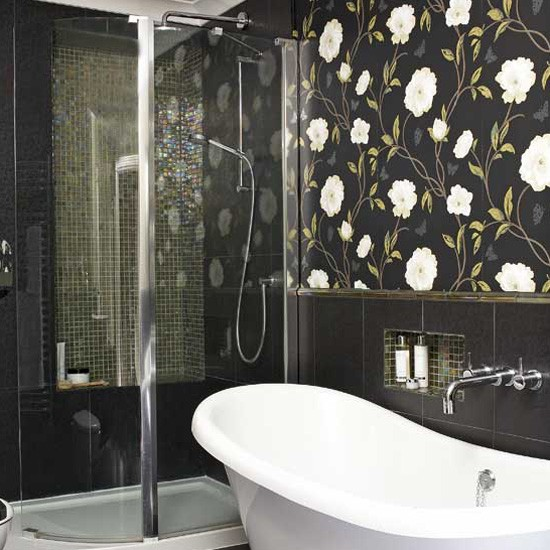 Statement bathroom wallpaper Bathroom tile ideas housetohomecouk 550x550