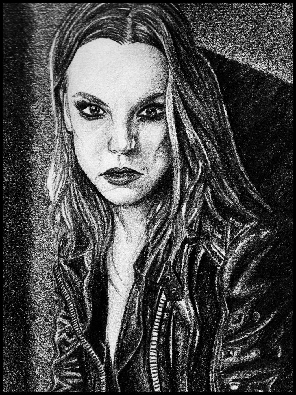Free Download Lzzy Hale Latest News Photos Biography Videos