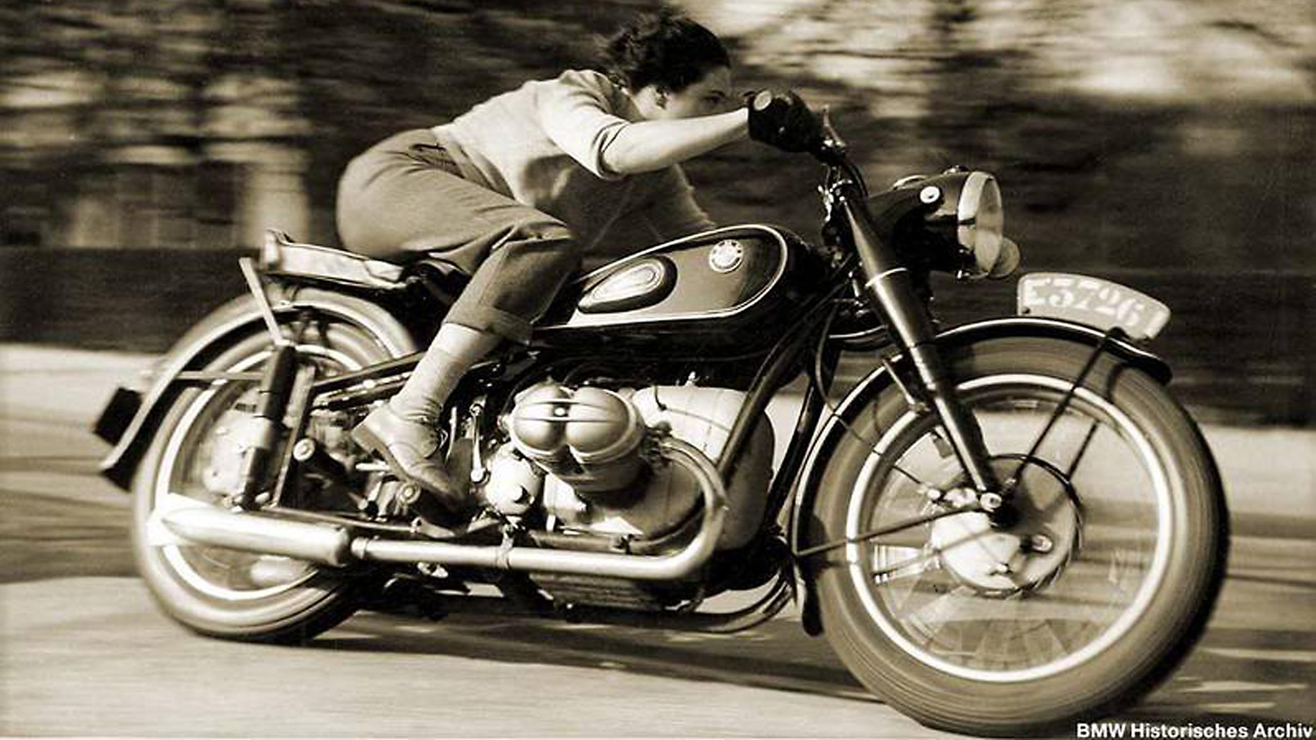 71] Vintage Motorcycle Wallpaper on WallpaperSafari 2560x1440