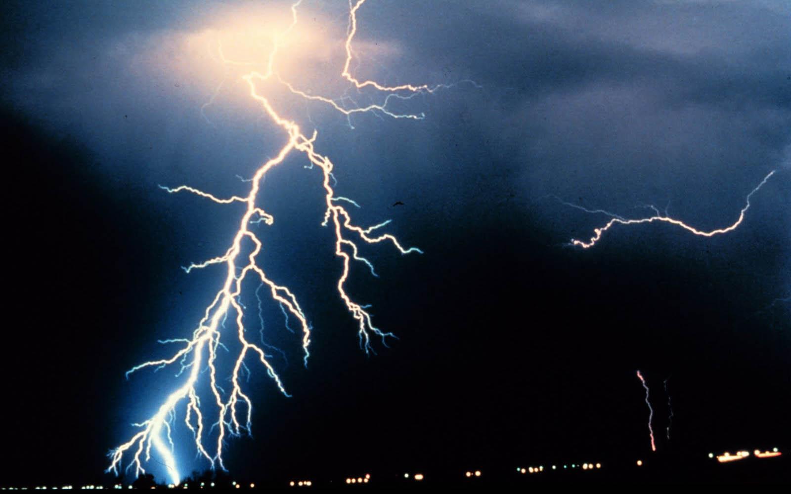 Lightning Wallpapers Lightning Desktop Wallpapers Lightning Desktop 1600x1000