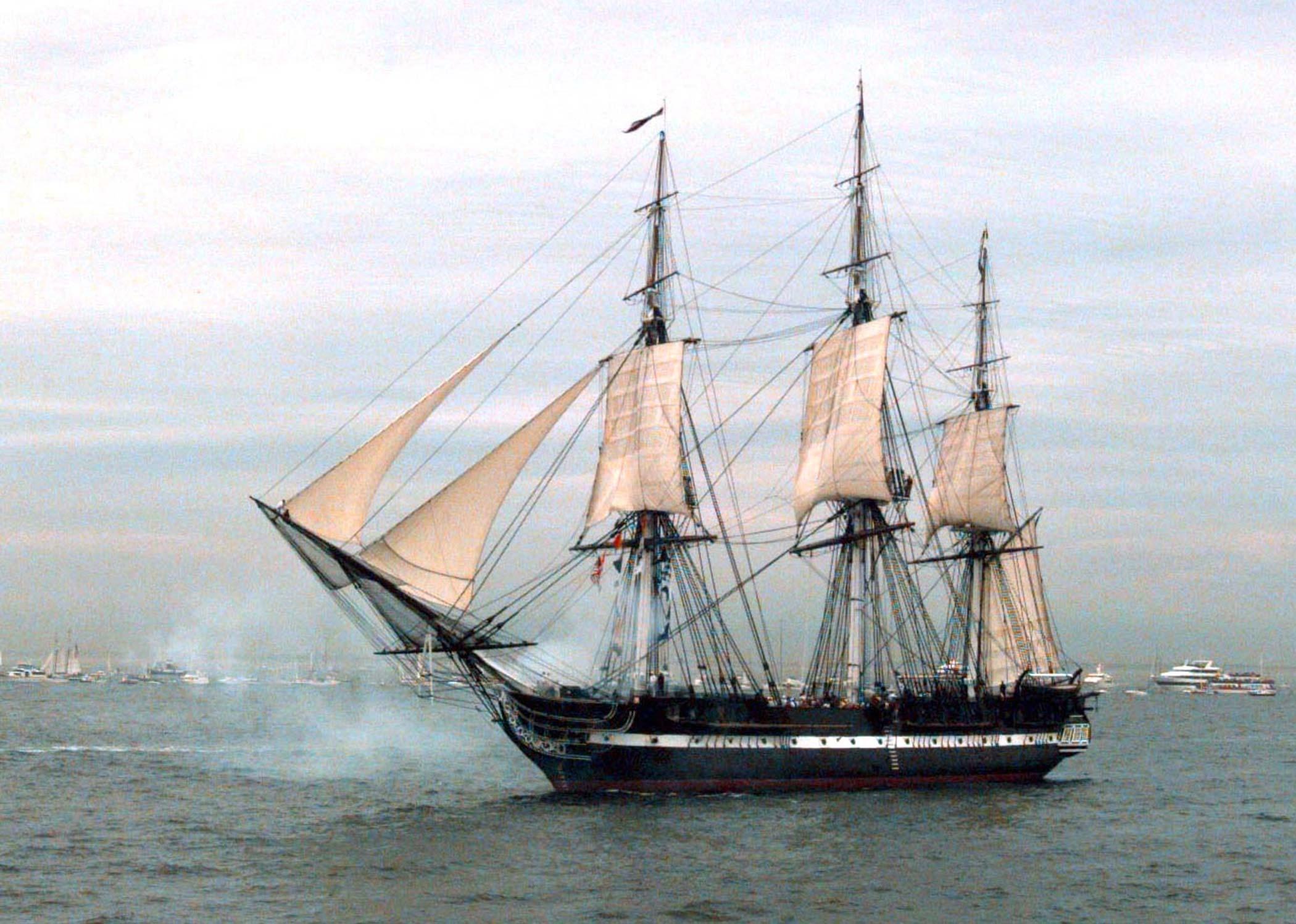 viking ship 2100x1497