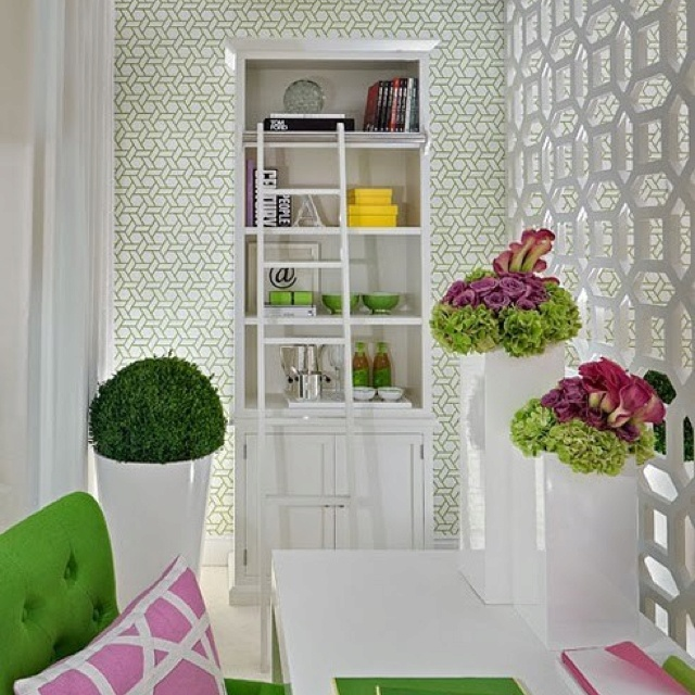 Kelly green trellis wallpaper design inspiration Pinterest 640x640