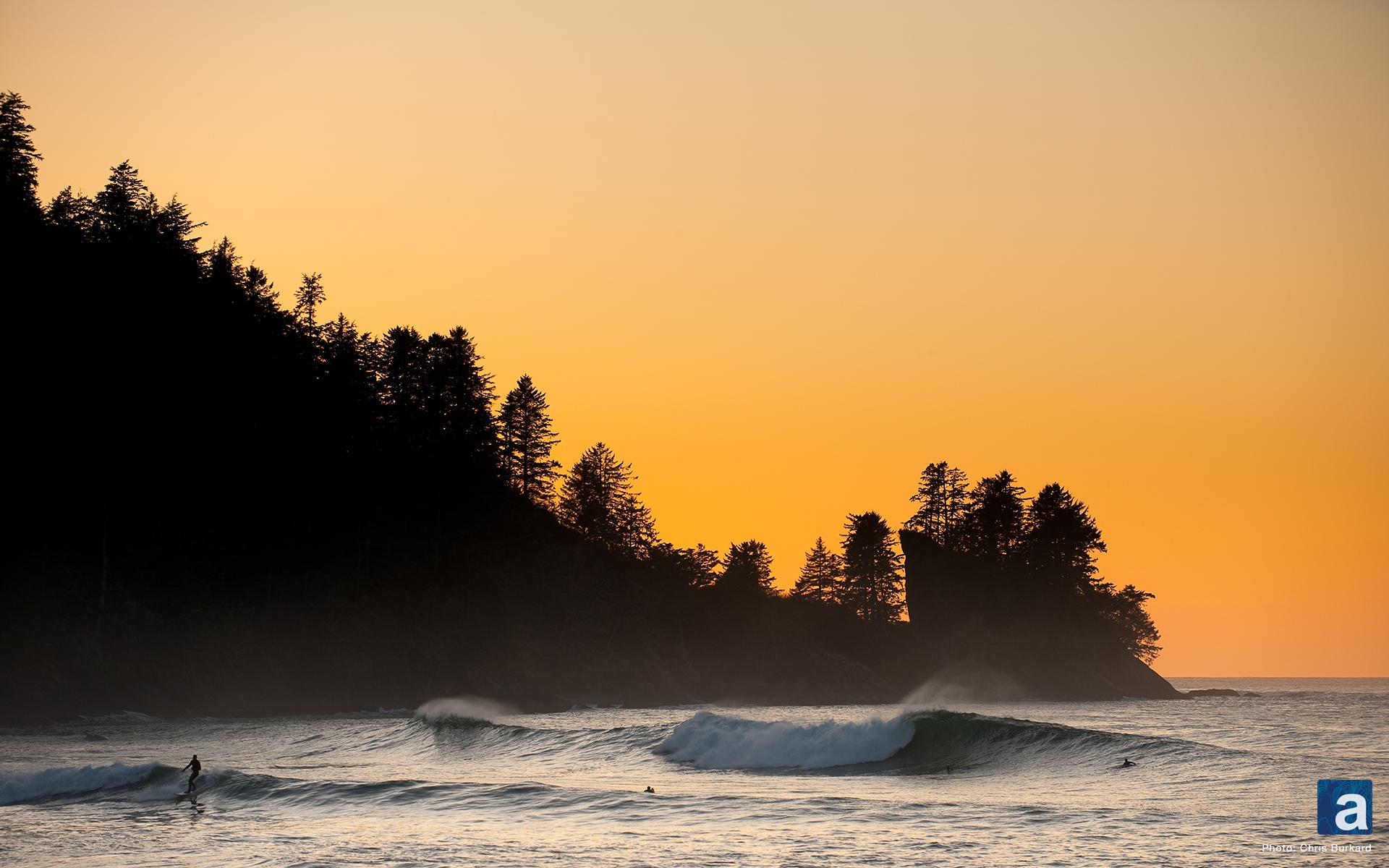 adventure journal Wallpaper Wednesday Pacific Northwest Surfing 1920x1200