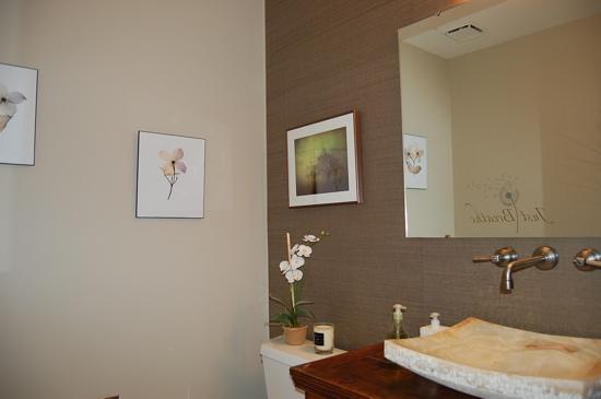 Bathroom   Benjamin Moore Grant Beige 550x365