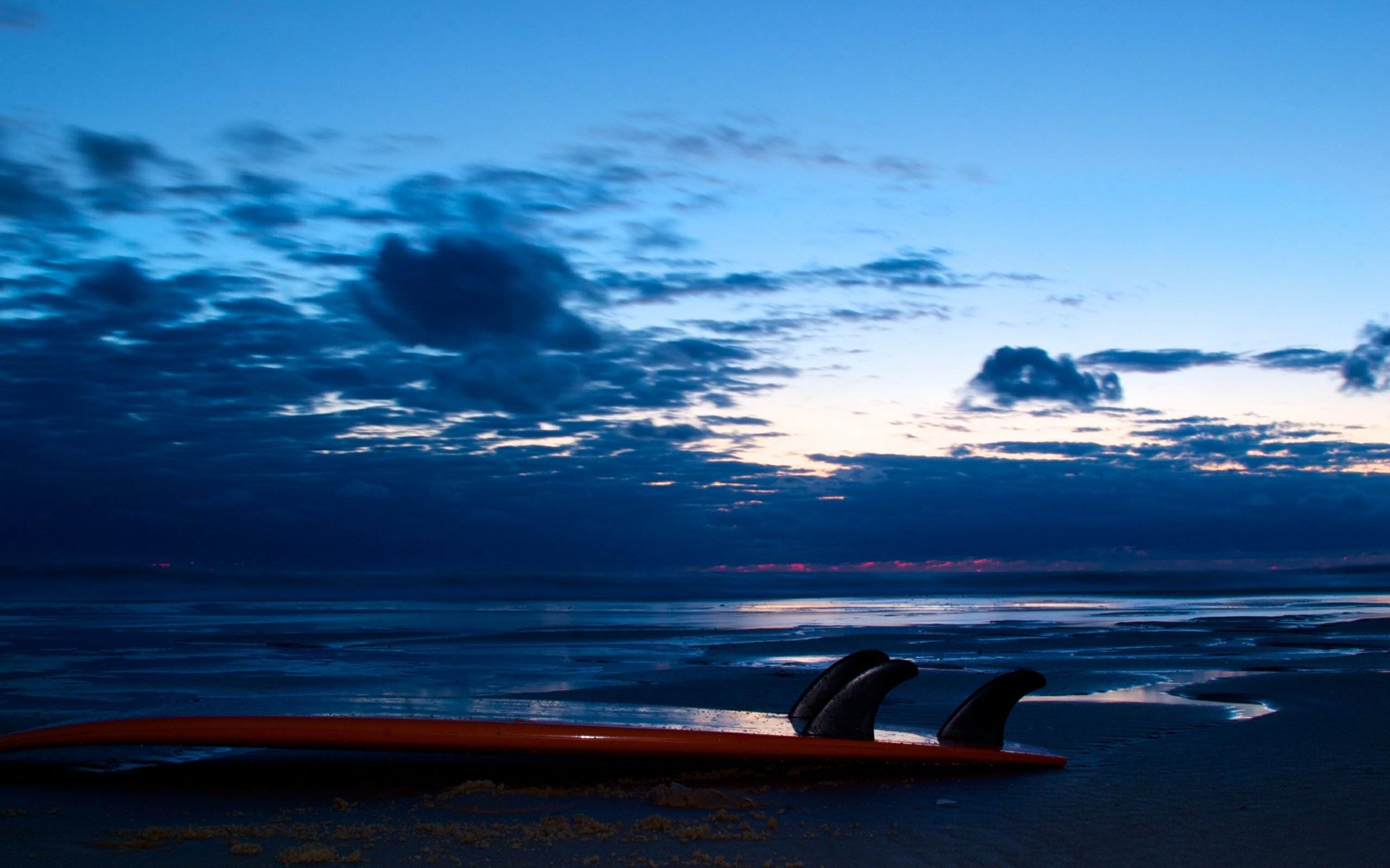 Surfing Wide Wallpaper   Wallpaper High Definition High Quality 2560x1600