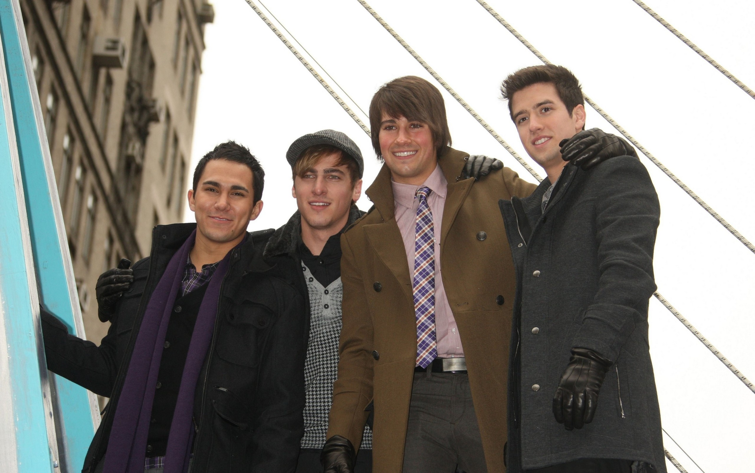 Big Time Rush images 84th Annual Macys Thanksgiving Day Parade 2560x1604