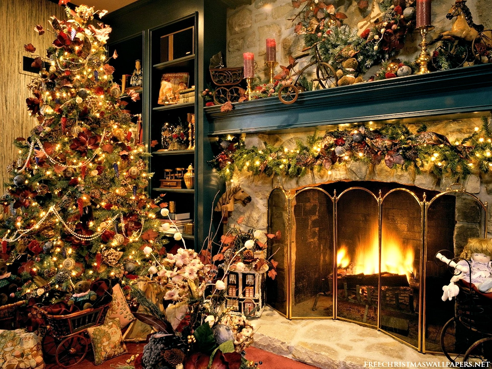 Christmas Desktop Wallpapers Fireplace Pictures 1925x1444
