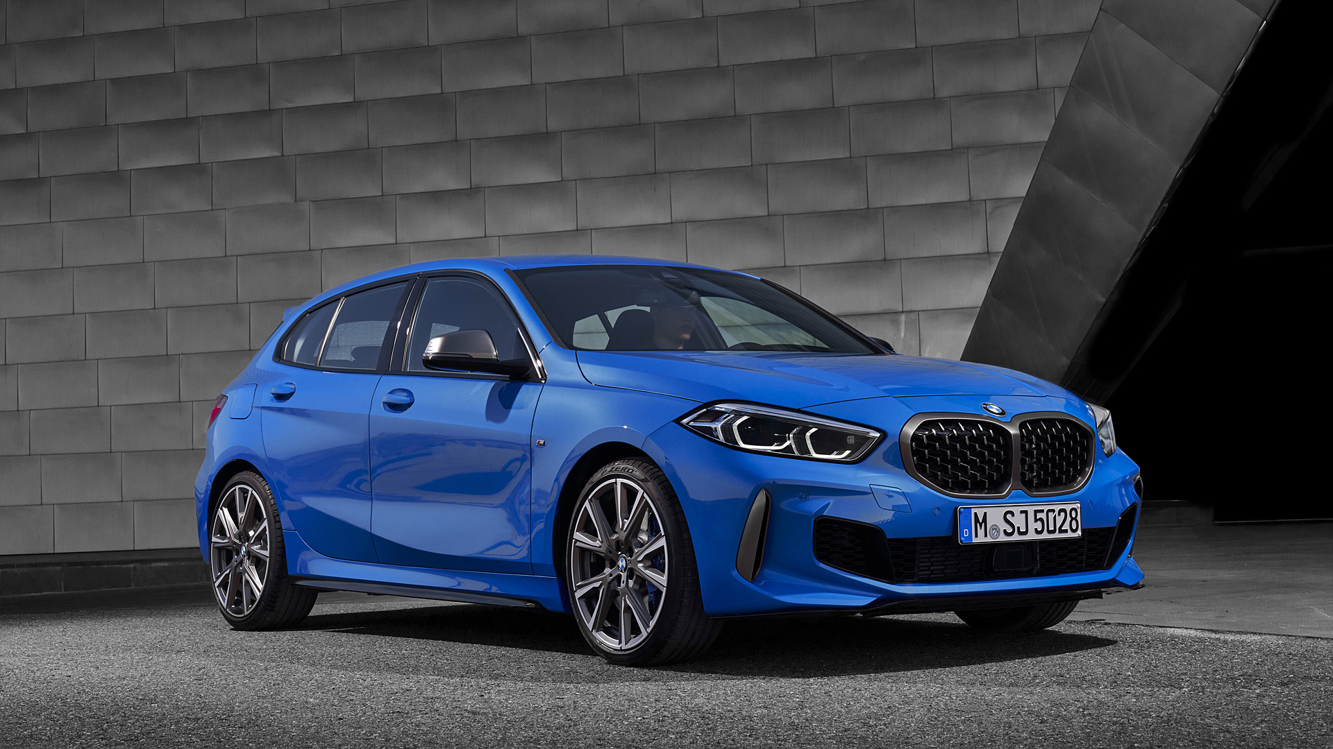 2020 BMW M135i Wallpapers Specs Videos   4K HD   WSupercars 1920x1080