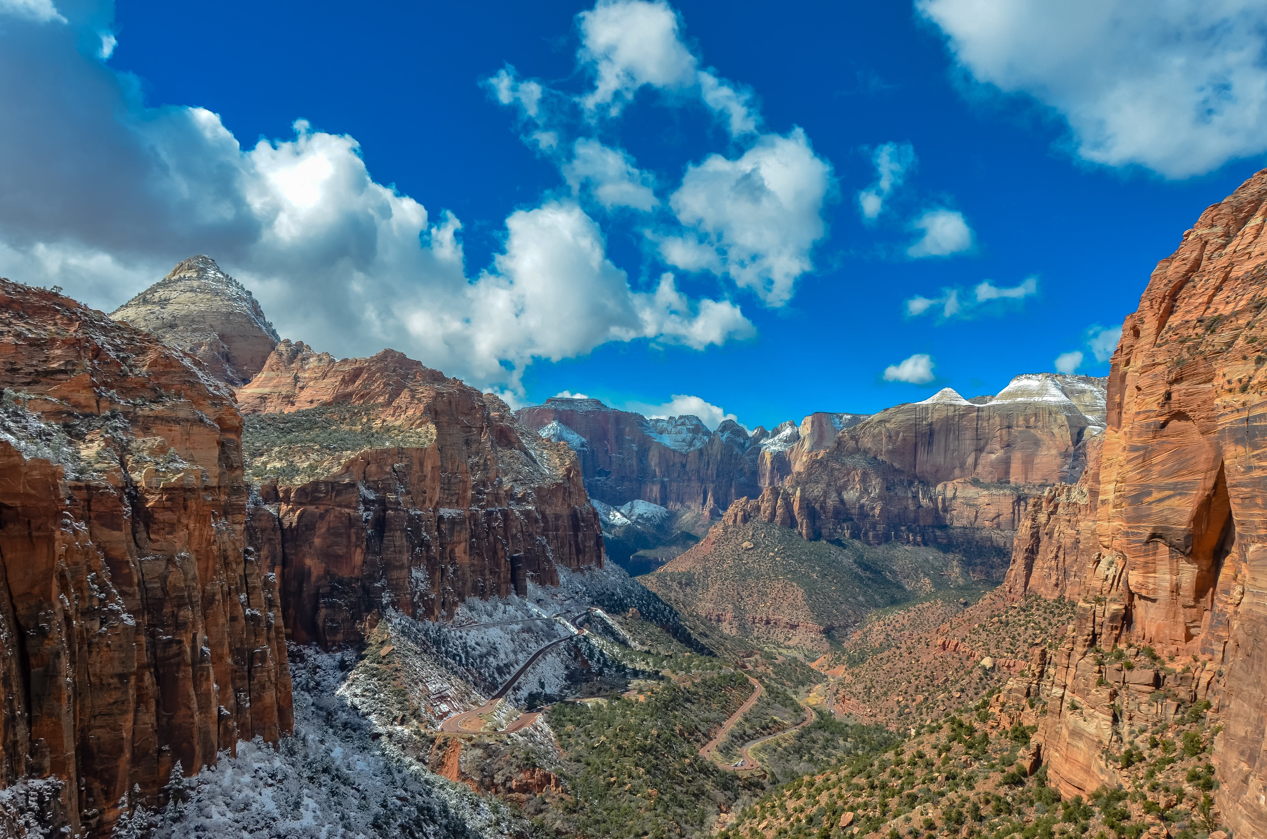 Rocky mountains Canyon Overlook Trail Zion National Park Utah 4928x3264