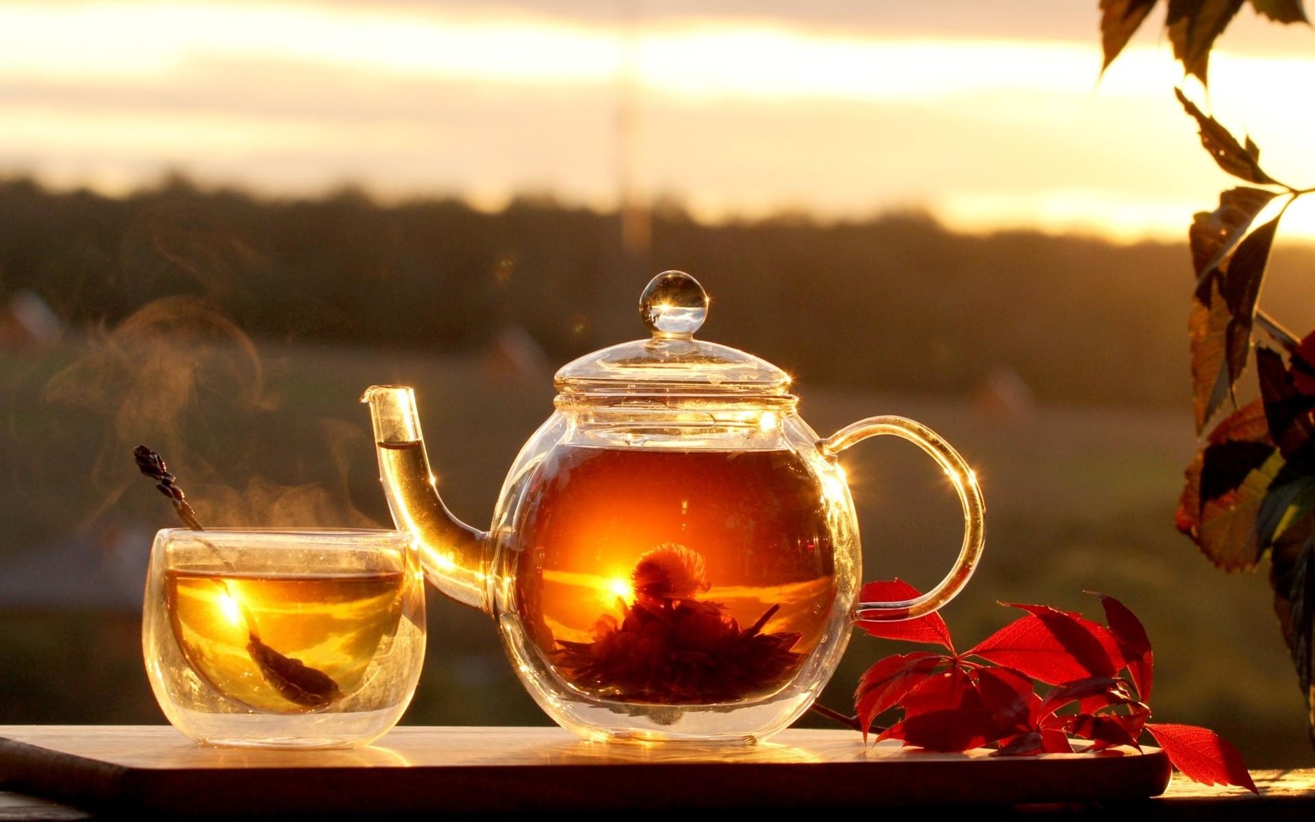 хлеб чай кружка чайник масло  № 2118868 загрузить