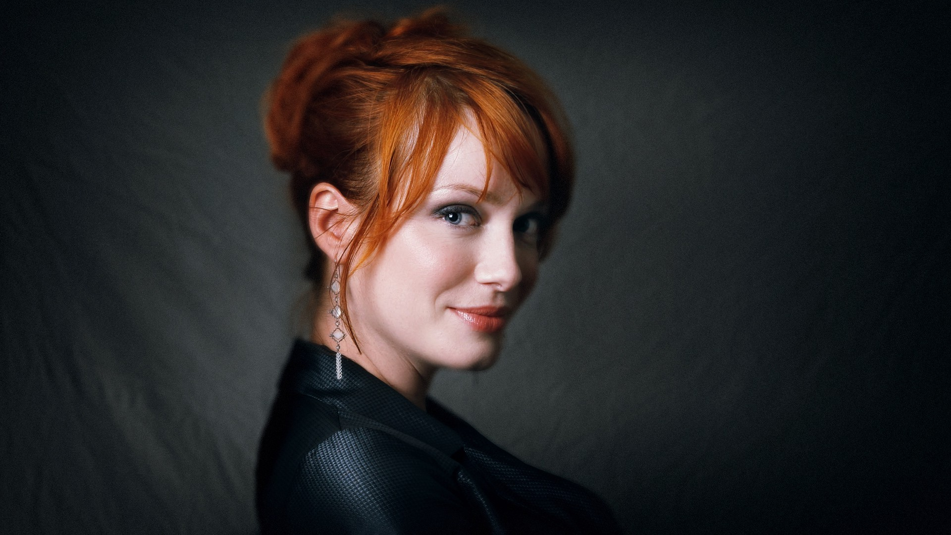 Christina Hendricks Wallpapers Pictures Images 1920x1080