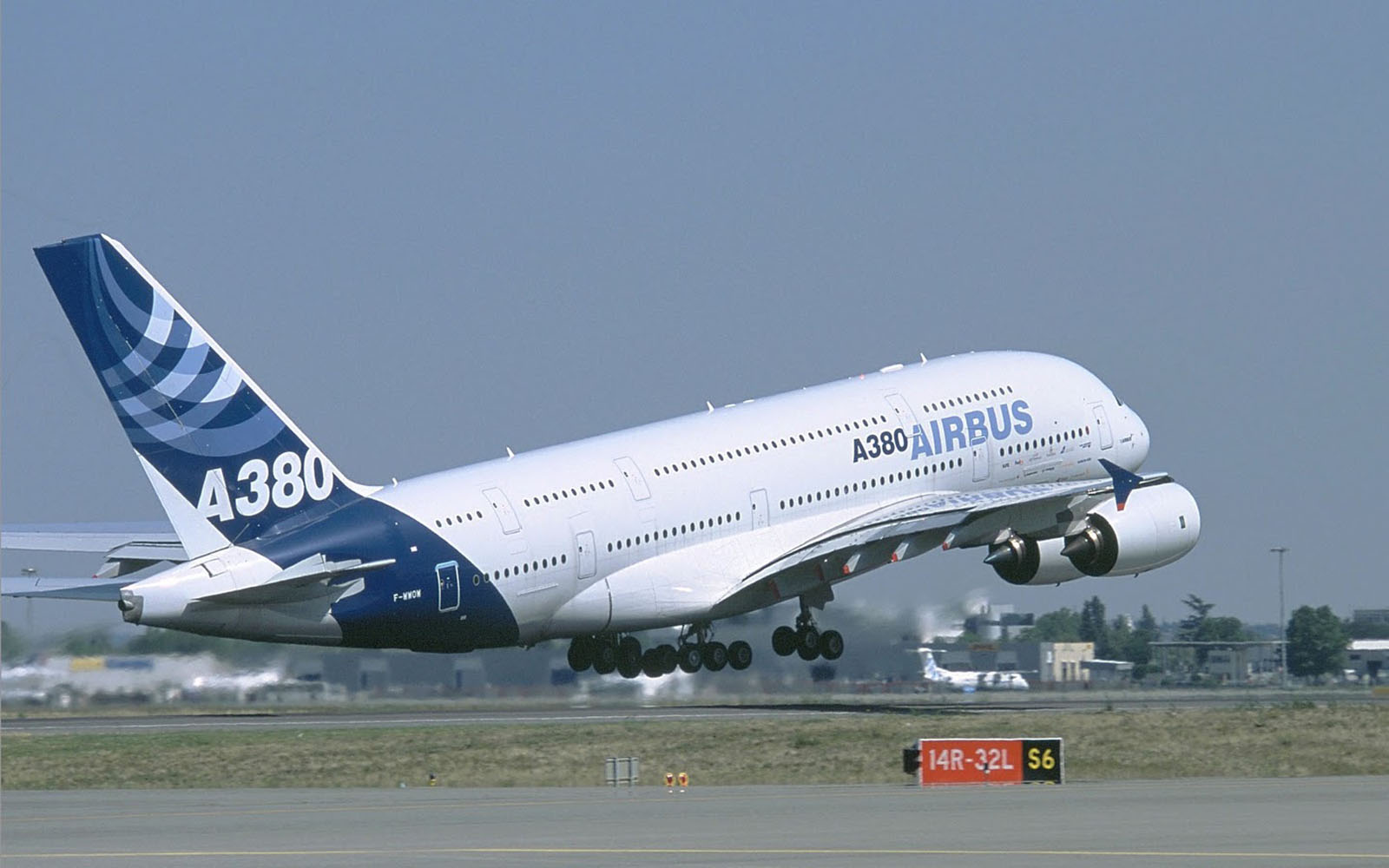 Airbus A380 Wallpapers HD Wallpapers 1600x1000