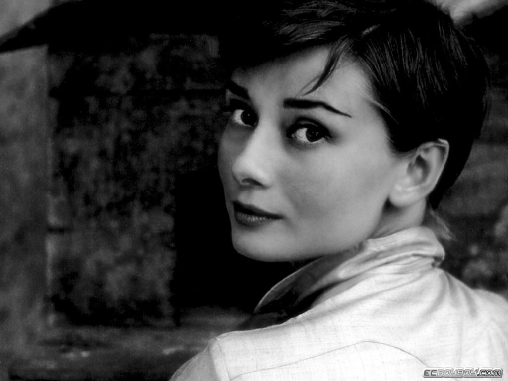 Audrey Hepburn Wallpaper Audrey Hepburn Wallpaper 28jpg 1024 x 768 1024x768