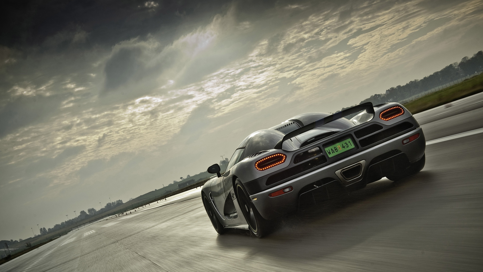 koenigsegg agera car wallpaper 1920x1080 2530 1920x1080