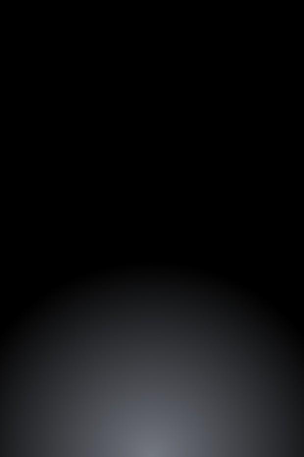 black Apple Logo Wallpaper for iPhone 4S 620x930