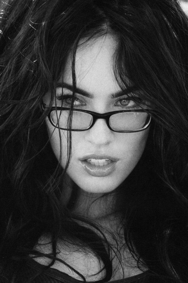Megan Fox Black Glasses Wallpaper   iPhone Wallpapers 640x960