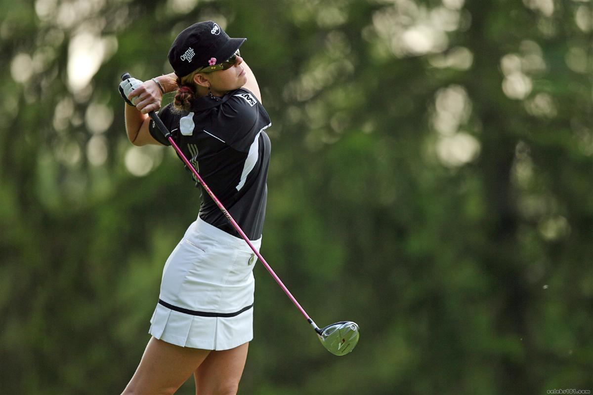 Female golf celebrities