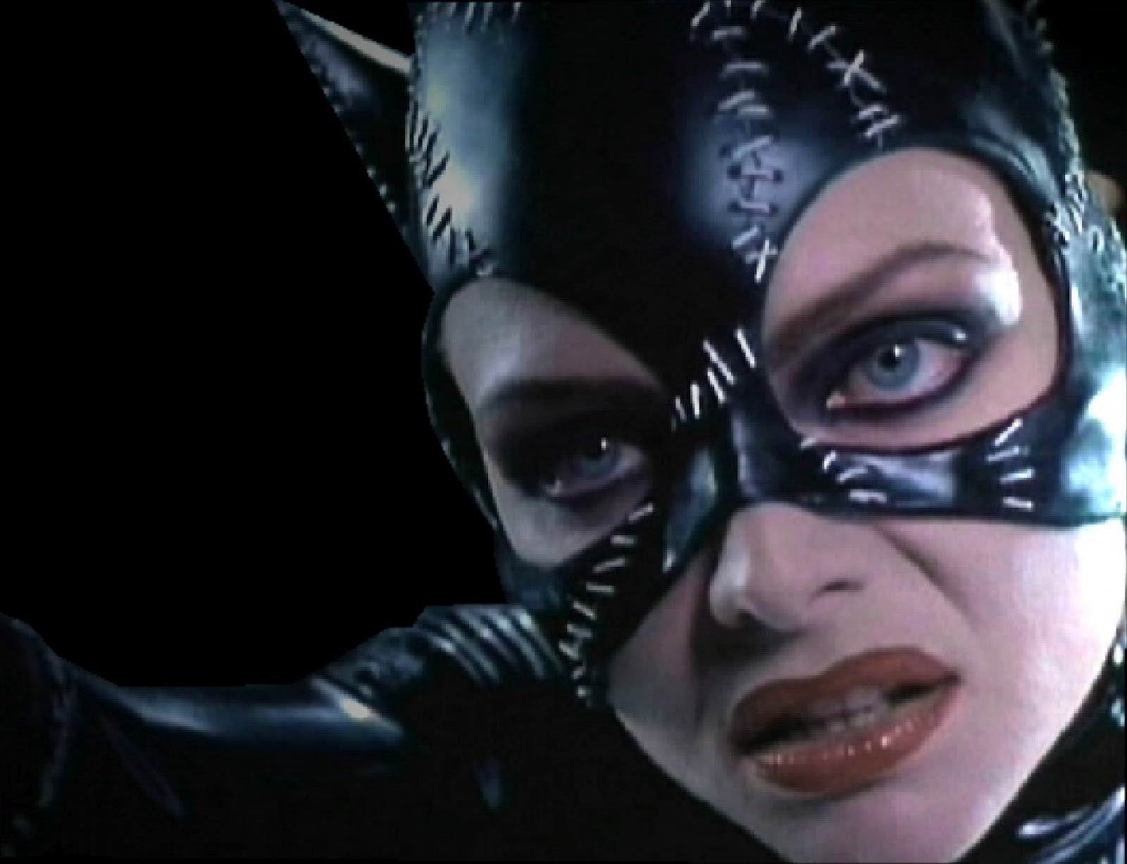 Movie Wallpapers Catwoman PIctures 4  Michelle Pfeiffer 1600x1227