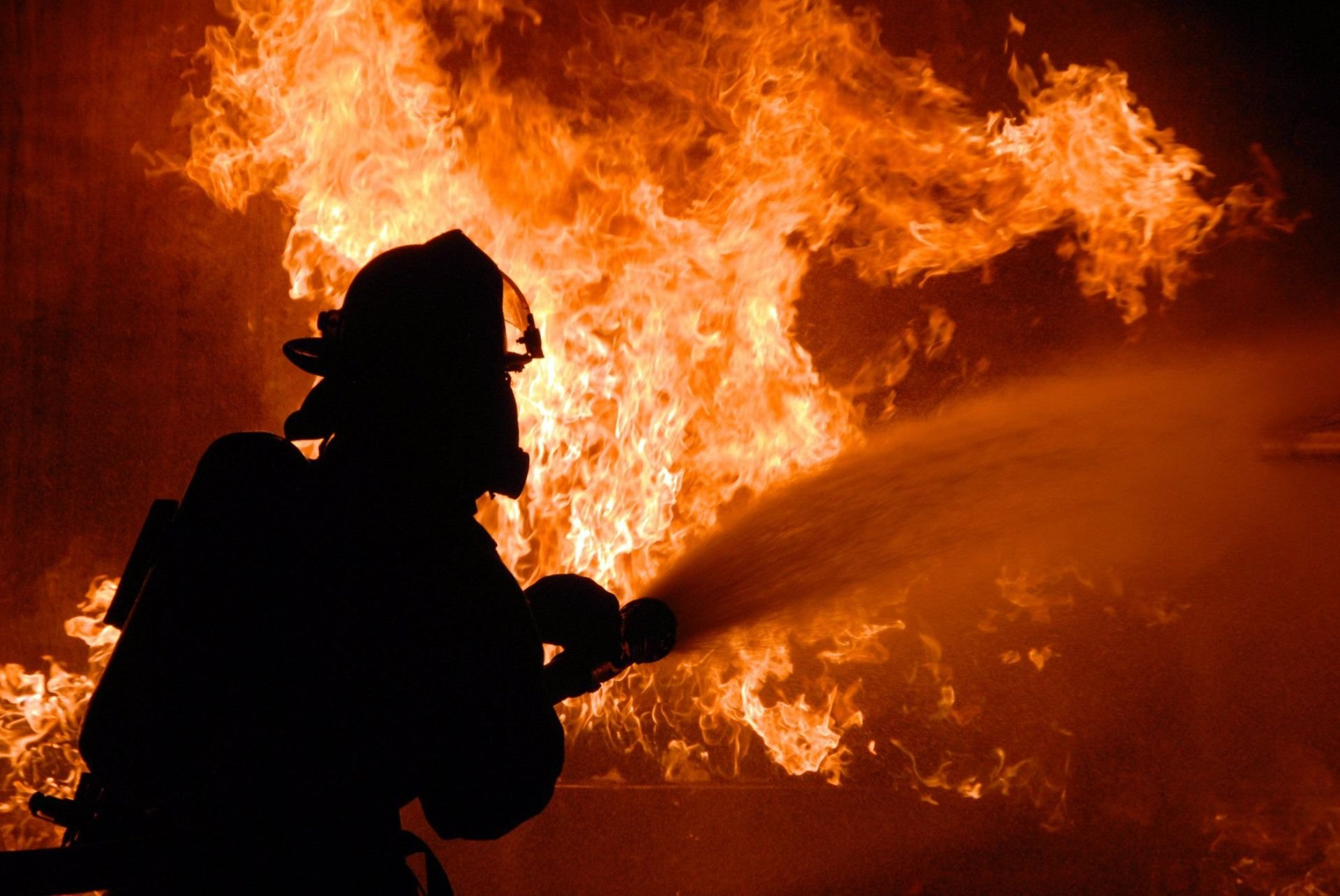 Firefighter Desktop Wallpapers   HD Wallpapers Backgrounds of Your 1920x1285