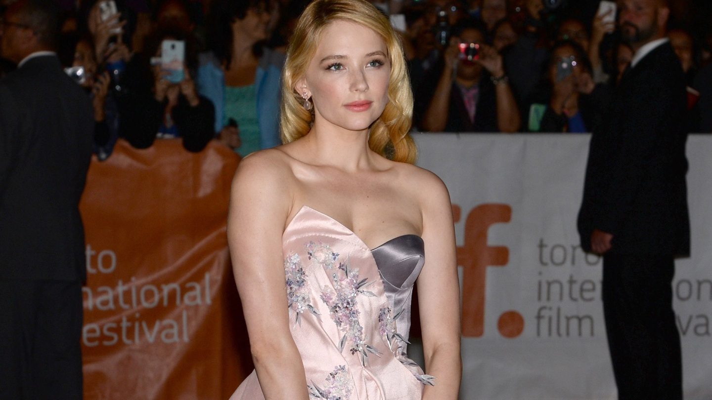 Haley Bennett Wallpaper CloudPix 1440x810